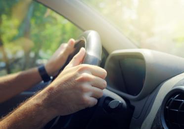 Kako zauzeti pravilan položaj za vožnju?